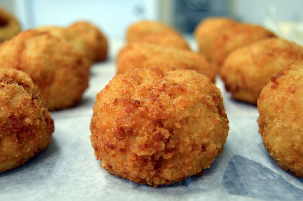Rock hall crab cakes